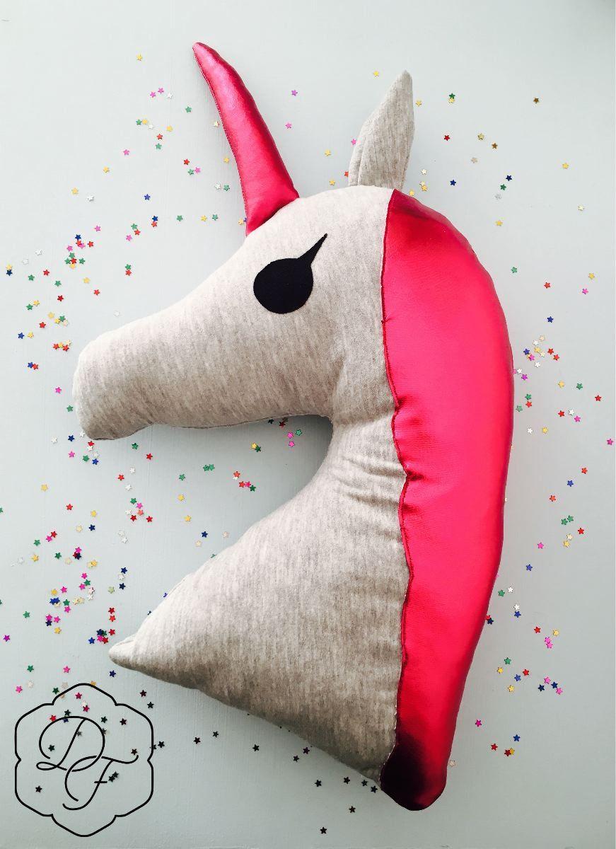 Coussin licorne Единороги pinterest unicorn unicorn pillow