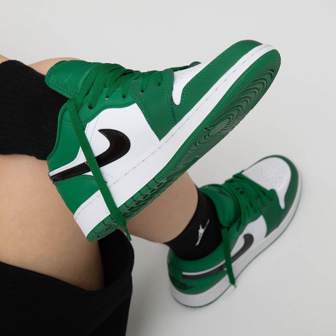 Air Jordan 1 Low Gs In Pine Green Em 2021 Jordans Femininos Sapatos Sapatilhas