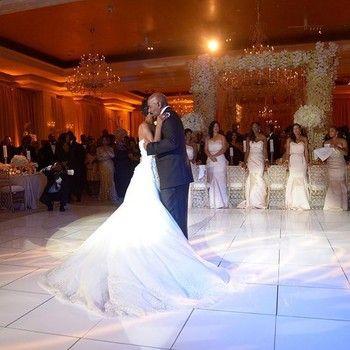 Steve Harvey S Daughter S Wedding At The Back Of The Scene Seems World News International Headline Wedding African American Weddings Father Daughter Dance
