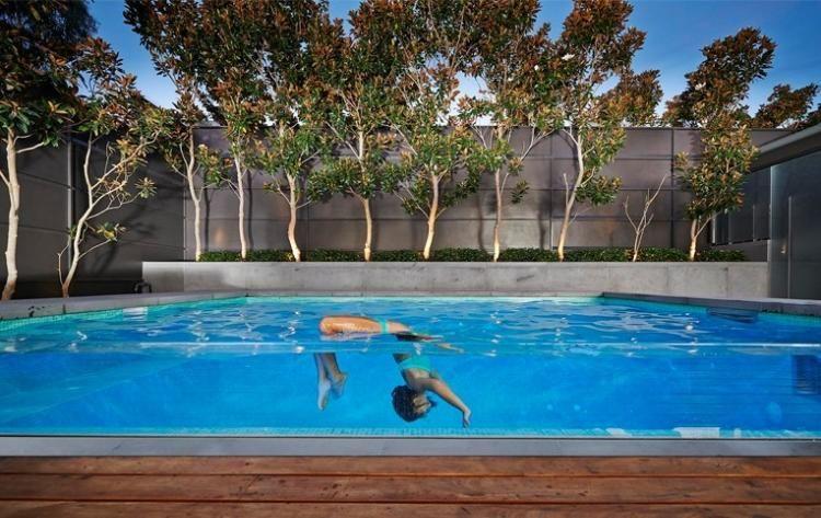 Jardin avec piscine 24 photos: designs splendides par OFTB   Photo ...