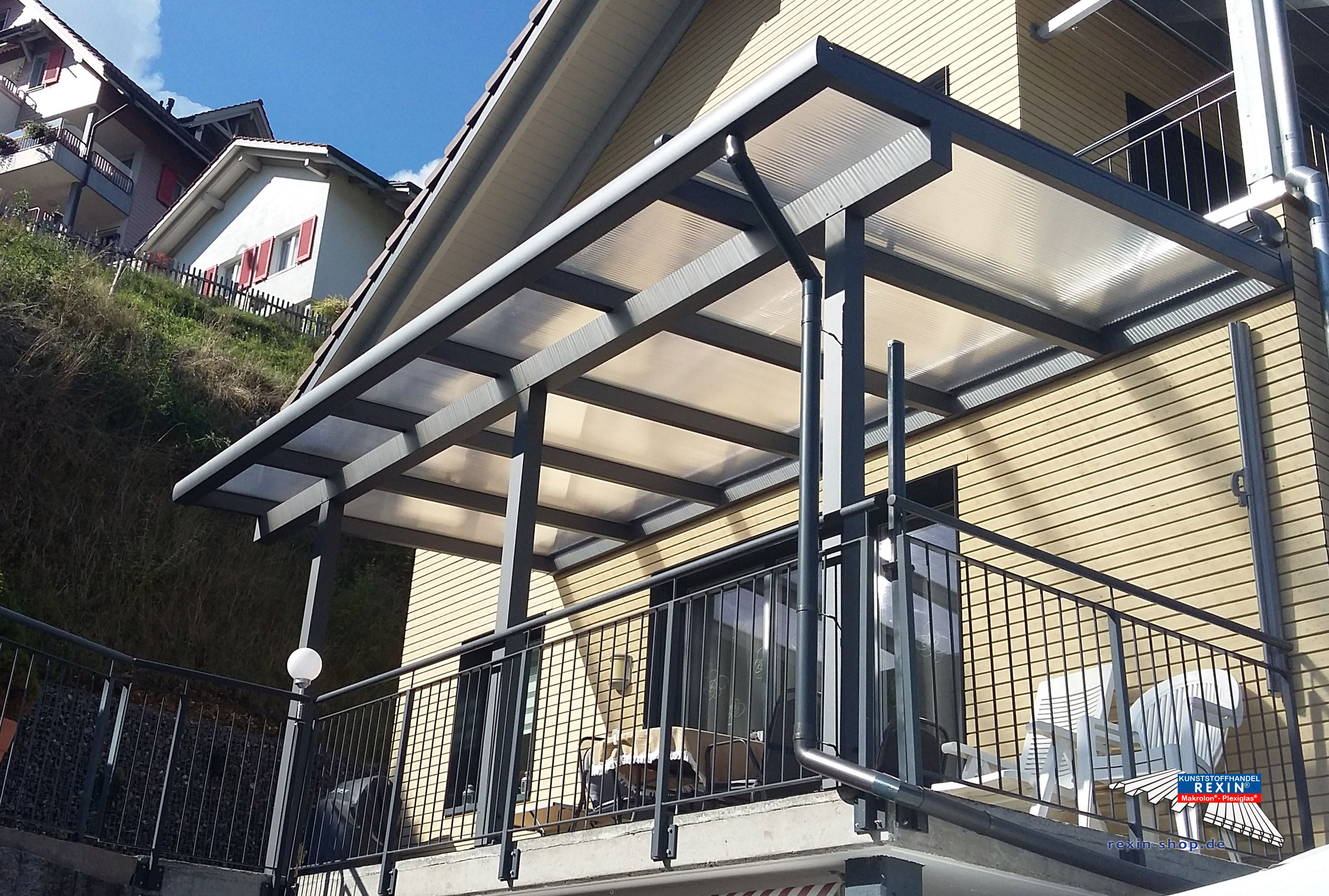 Superb Ein Terrassendach muss nicht teuer sein Wir zeigen eine g nstige Version zum selbst bauen