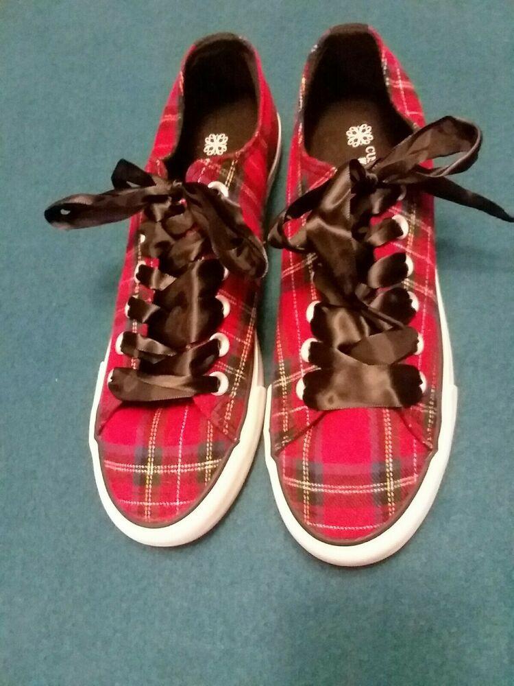 Avon Cushion Walk Plaid Sneakers New