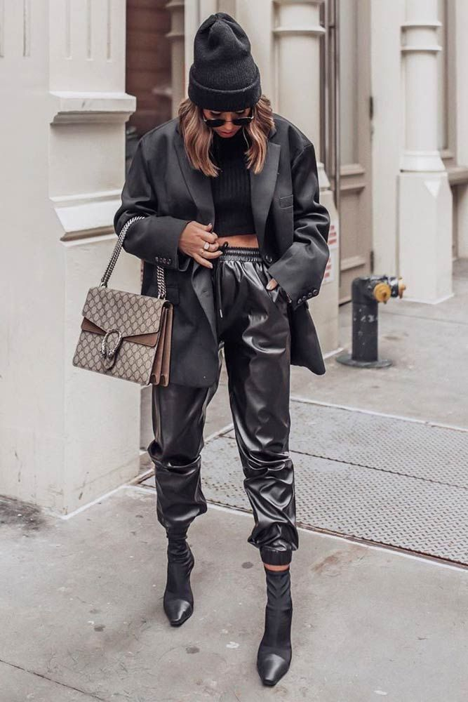 Photo of Are Leather Pants Warm?