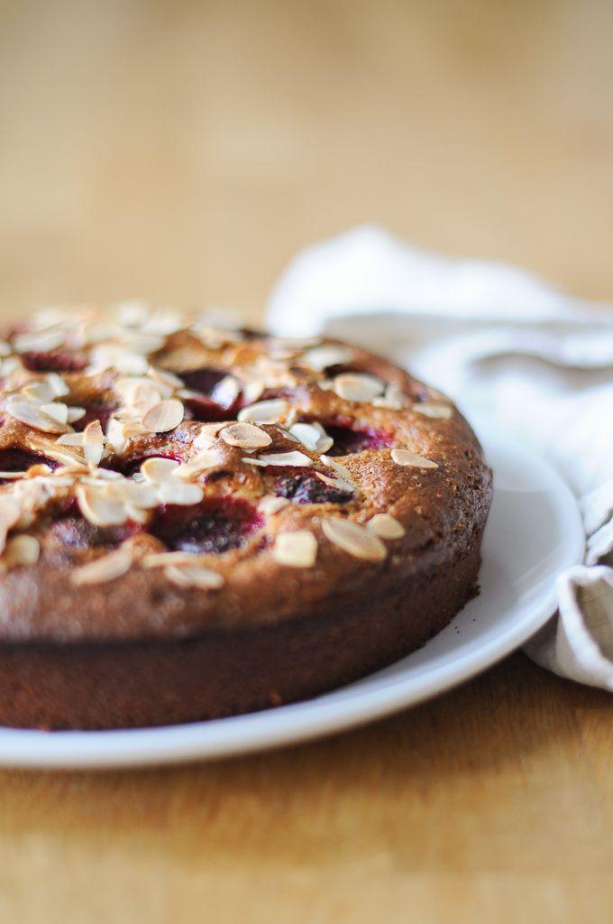 Strawberry Polenta Cake | Torta di Fragole e Polenta