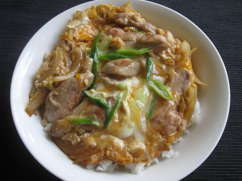 Resep Dalam Membuat Oyako Donburi Kuliner Jepang Donburi Merupakan Menu Masakan Jepang Yang Banyak Disukai Orang Tidak Seperti Sushi Atau Sashimi Yang Terka