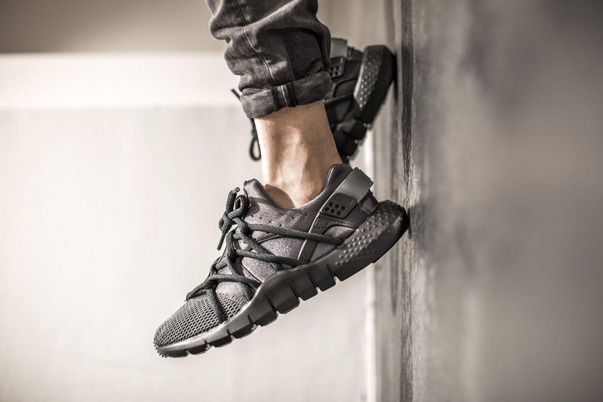NIKE HUARACHE NM DARK GREY/ANTHRACITE-BLACK available at www.tint ...
