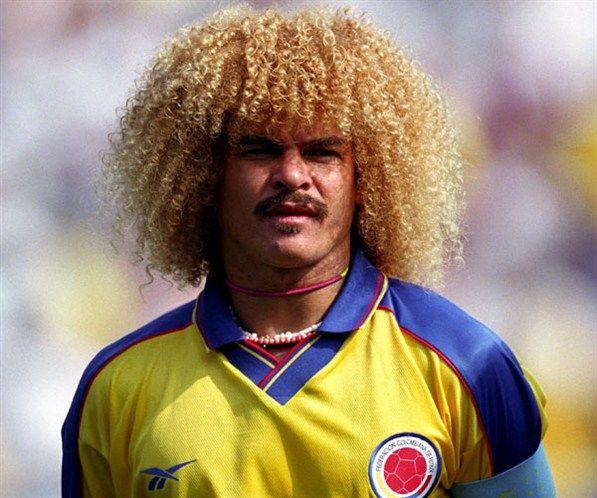 Carlos Valderrama His Epic Huge Big Afro Curly Hair Carlos Valderrama Soccer Hair Soccer Players