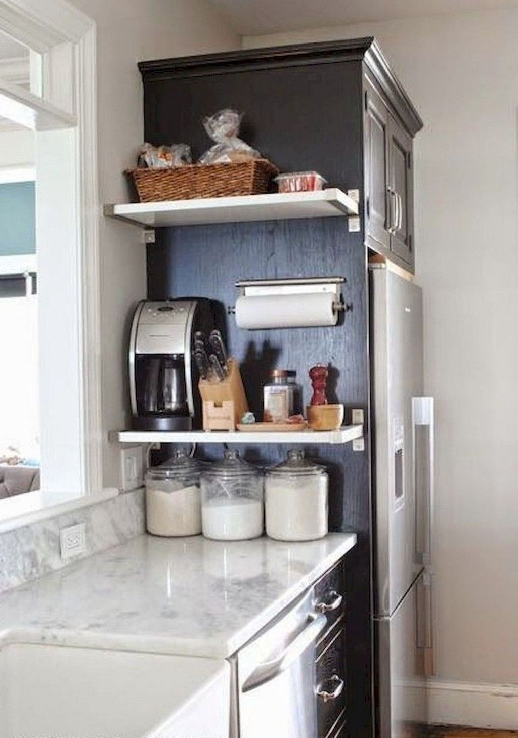 46 Adorable Kitchen Organization Ideas For Small Apartment Small Apartment Kitchen Decor Kitchen Decor Apartment Small Apartment Kitchen