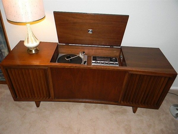 1960s Stereo Console 1970s Stereo Console Loved Ours It