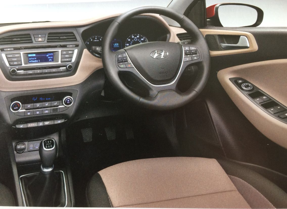 Hyundai i20 premium se interior in elegant beige for Interior hyundai i20