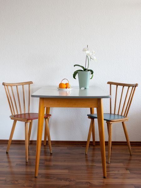 The Kitchen Table With Small Drawer Comes From The 50s 6s Mit