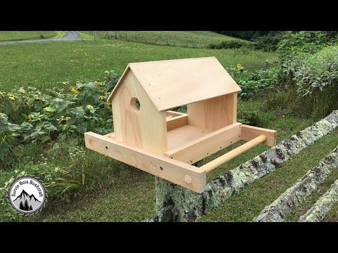 comment fabriquer une mangeoire en bois pour les oiseaux youtube birdhouses feeders and. Black Bedroom Furniture Sets. Home Design Ideas