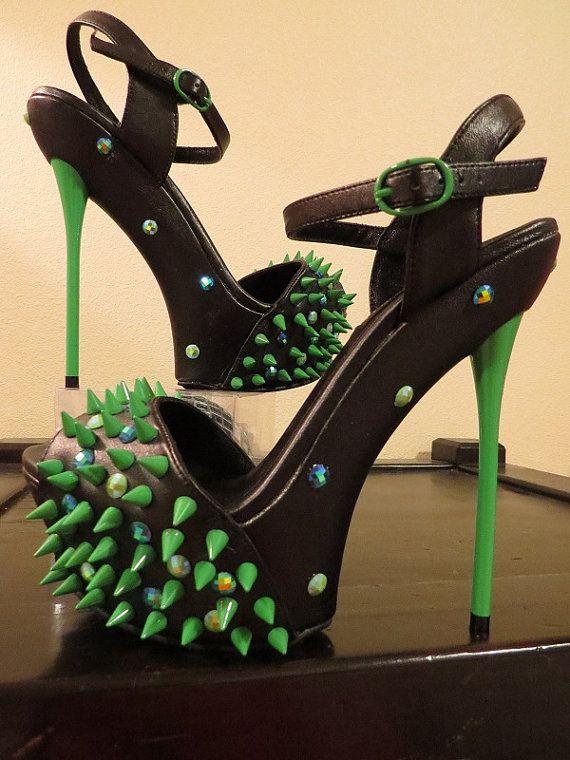 4c2eb43ce04 High Heel Platform Spiked Women Sandal Green Neon  Black size 8-8.5...A  SpikesbyG Design