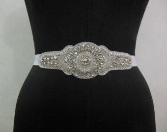 Bridal Wedding Dress Rhinestone Vintage Beaded door CrestnCrew