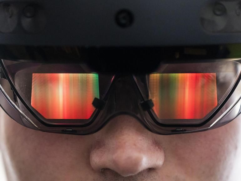 Microsoft workers protest 'Cancel US Army HoloLens super
