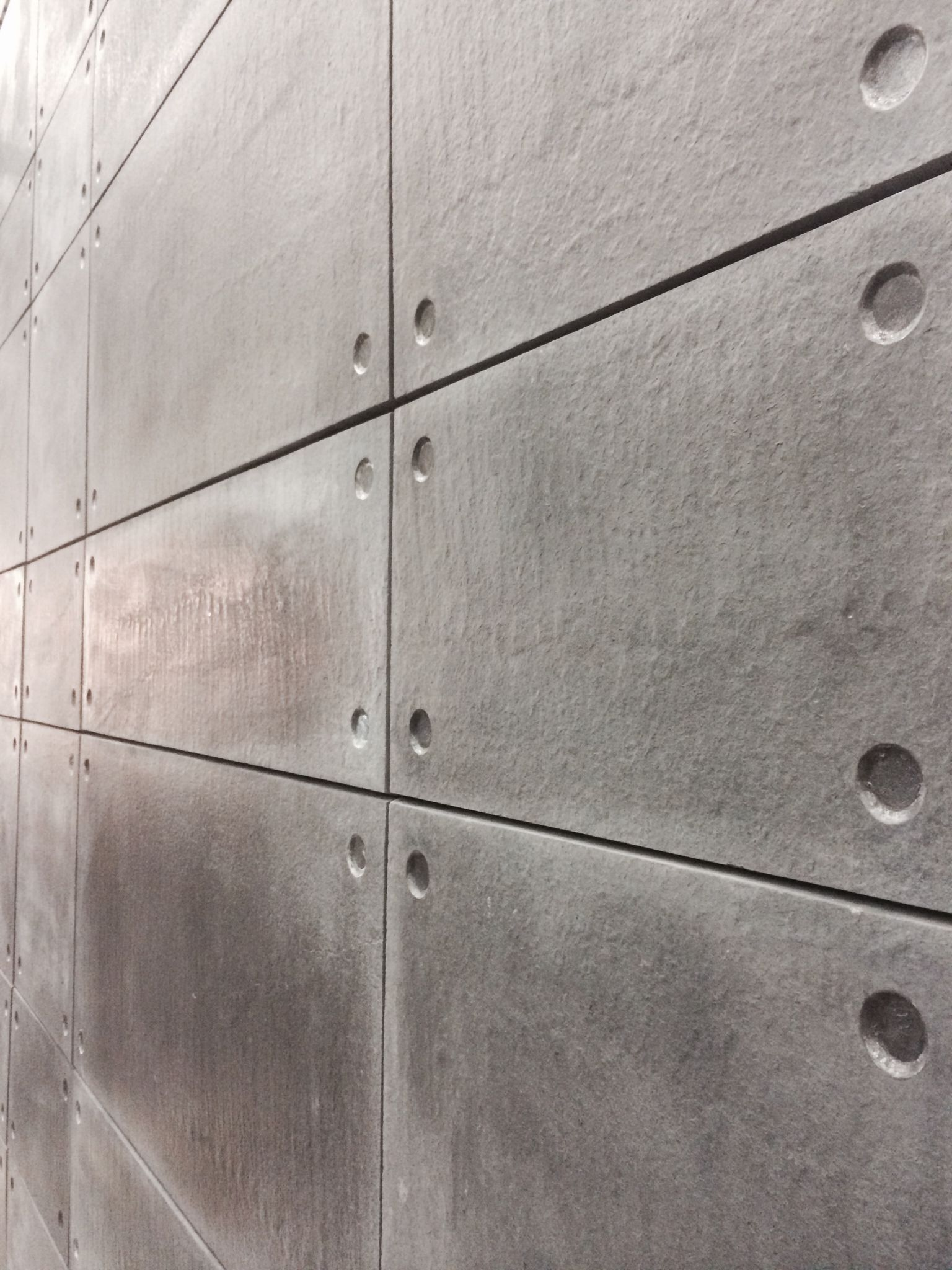 The Alternative To Real Stone Products Manufacturers Of Pavers Tiles Coping Cobbles Claddin Concrete Walls Interior Concrete Interiors Faux Concrete Wall