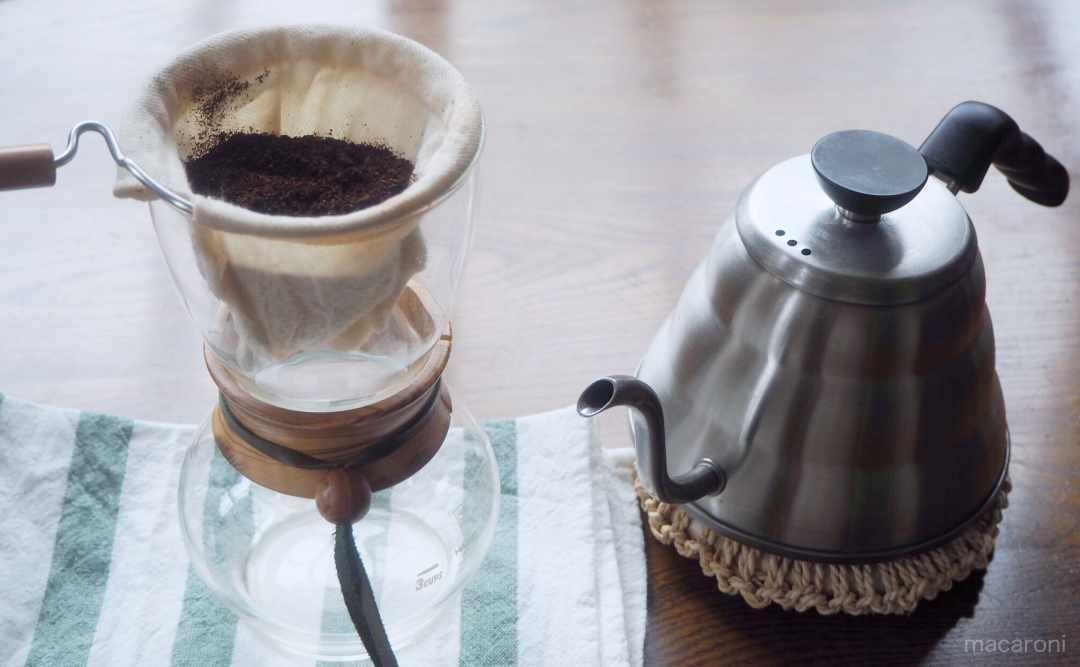 ネルドリップで最高においしいコーヒーを淹れる方法 Macaroni コーヒー ドリップ ネル