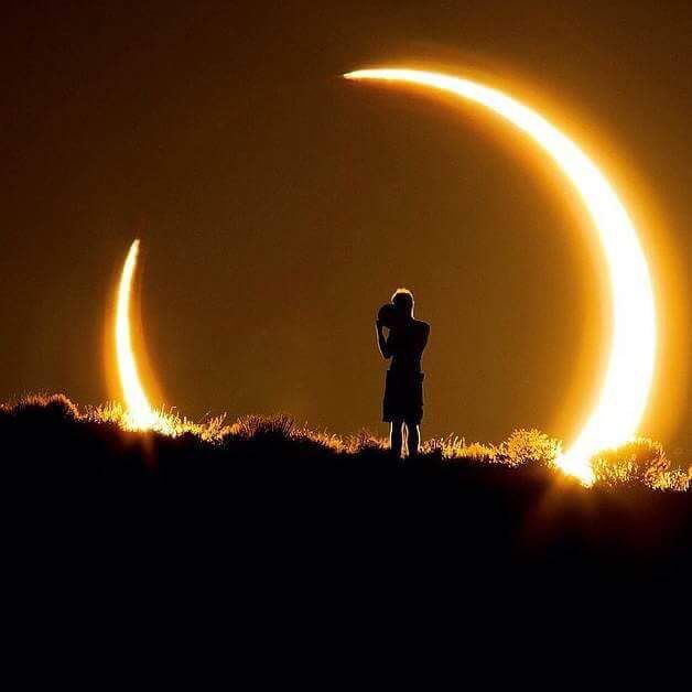 Great photo of the Solar Eclipse in New Mexico