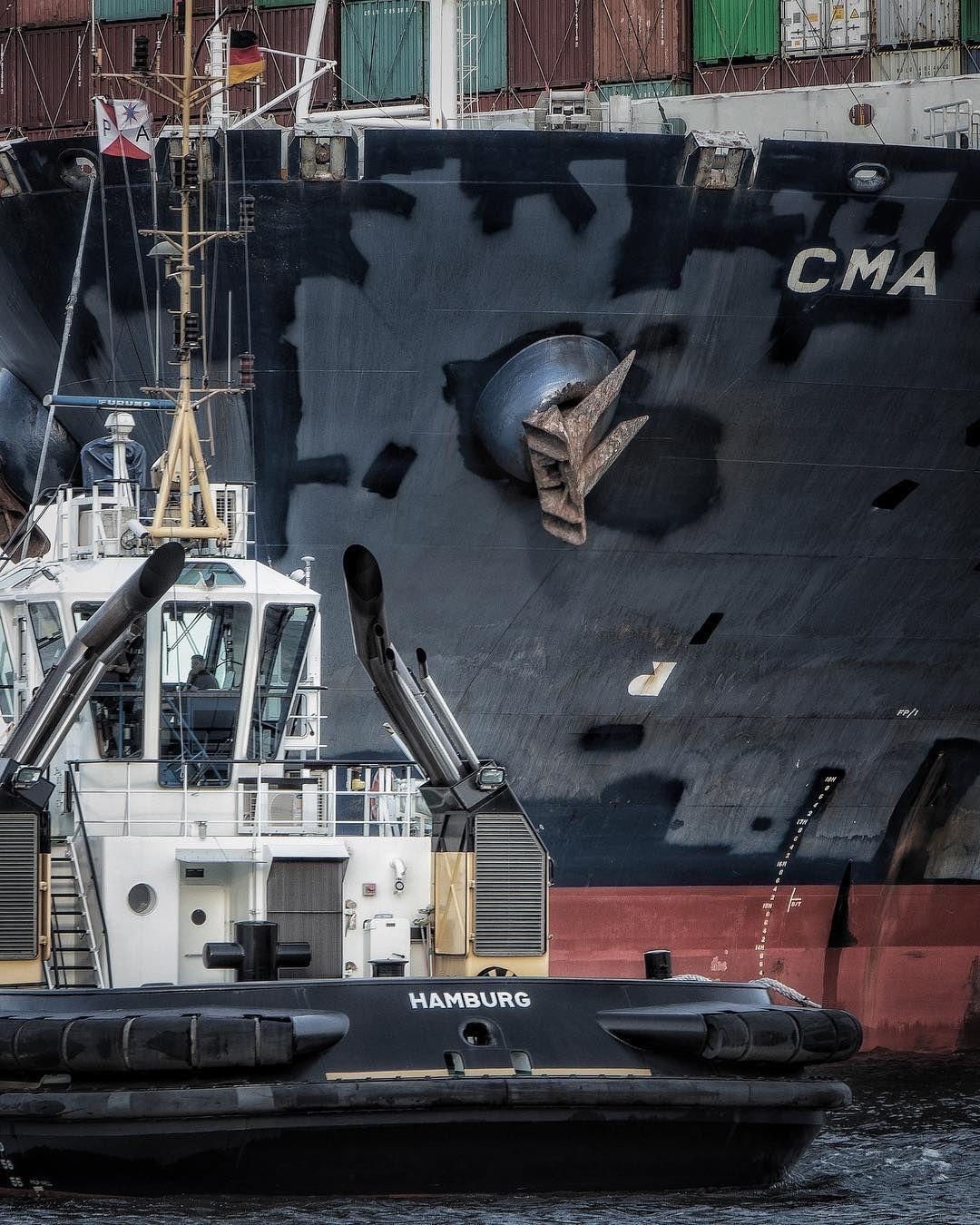 PARK ASSISTANT . . . . . #hafenliebe #365_tage_hafenliebe #harborview #harborlife #shipstagram #shipsofinstagram #portofhamburg #unserhafen…