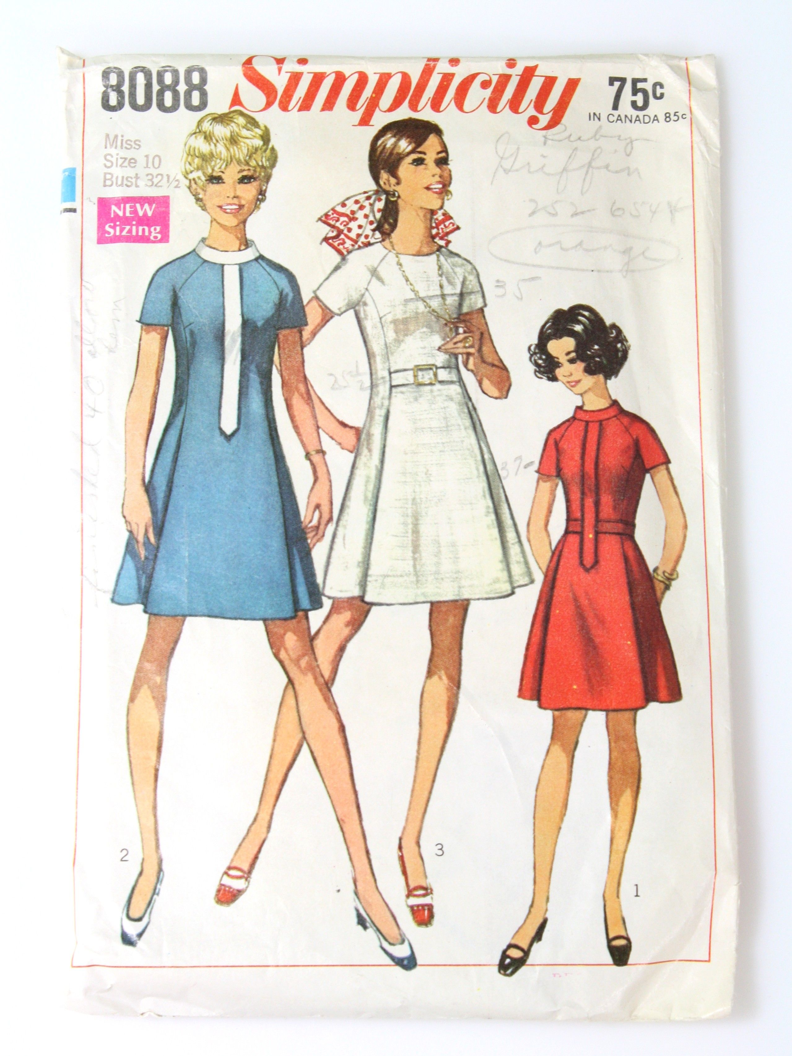 1960 S Simplicity Pattern No 8088 Womens Pattern Simplicity Patterns Dresses Clothes Sewing Patterns Vintage Sewing Patterns