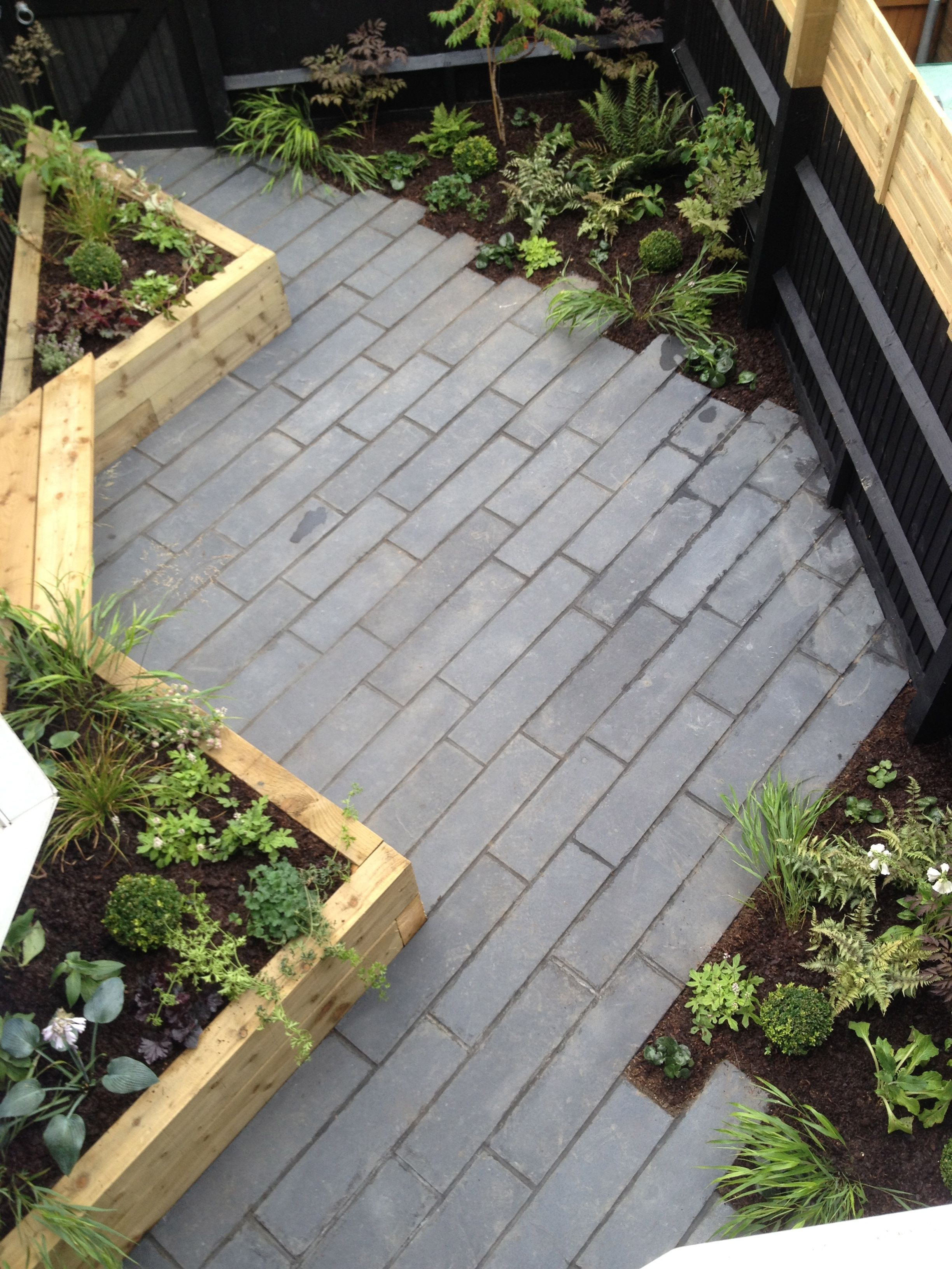 ced black limestone plank paving garden design by johanna. Black Bedroom Furniture Sets. Home Design Ideas