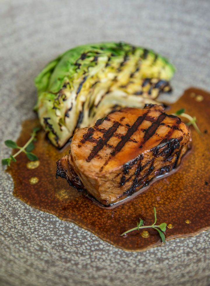 Emo´s food philosophy is based on simplicity with pure and clean flavors.