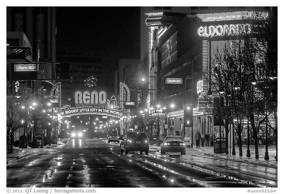 The famous Reno Arch!