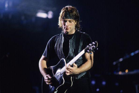 "@anderbj | Tumblr - ""Jon Bon Jovi perfrms in concert circa 1992 in New York City ☺️"""