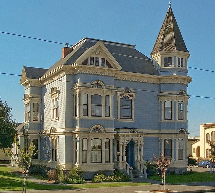 victorian queen anne style home in california house garden pinterest haus sch ne. Black Bedroom Furniture Sets. Home Design Ideas