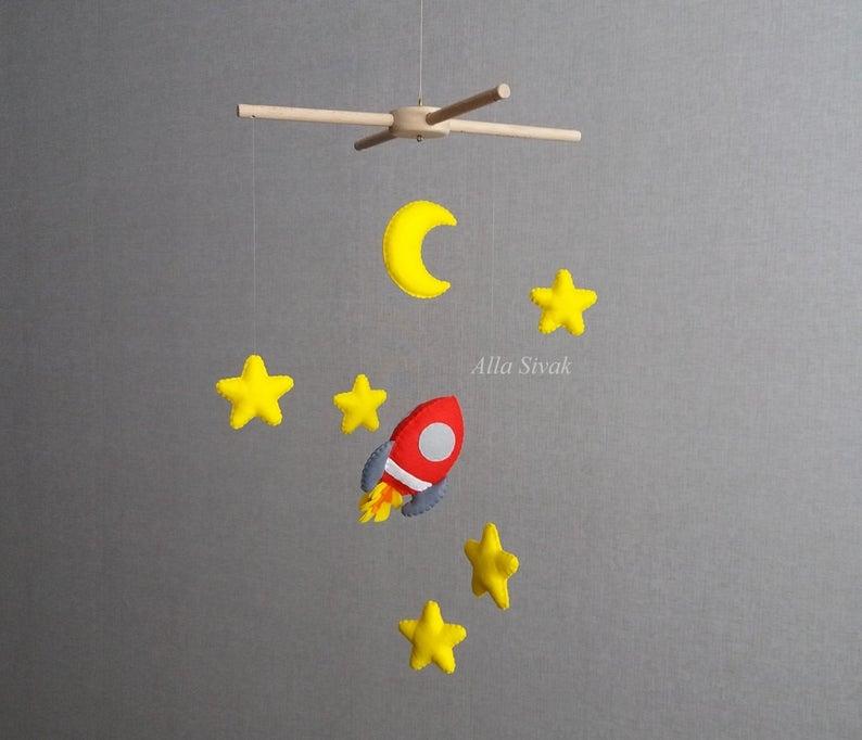 Space mobile Rocket mobile Space theme nurseryPersonalised  Etsy namen 2019 namen 2020 namen meisje uniek namen nederlandse namen schweiz namen verraten baby namen verrat...