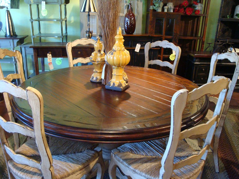 "60"" round dining table w/6 rush bottom chairs crakle distressed"
