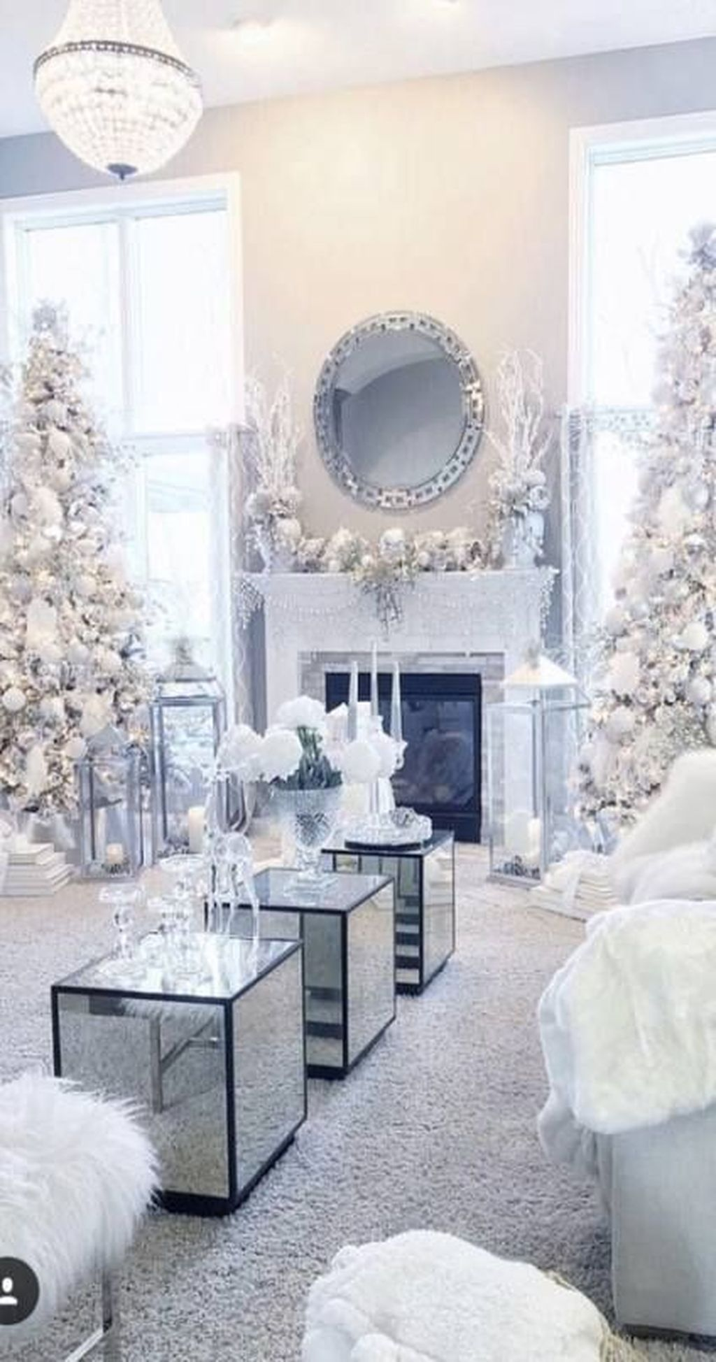Stunning White Winter Decor Ideas You Must Try White Christmas Decor Christmas Room Silver Christmas Decorations