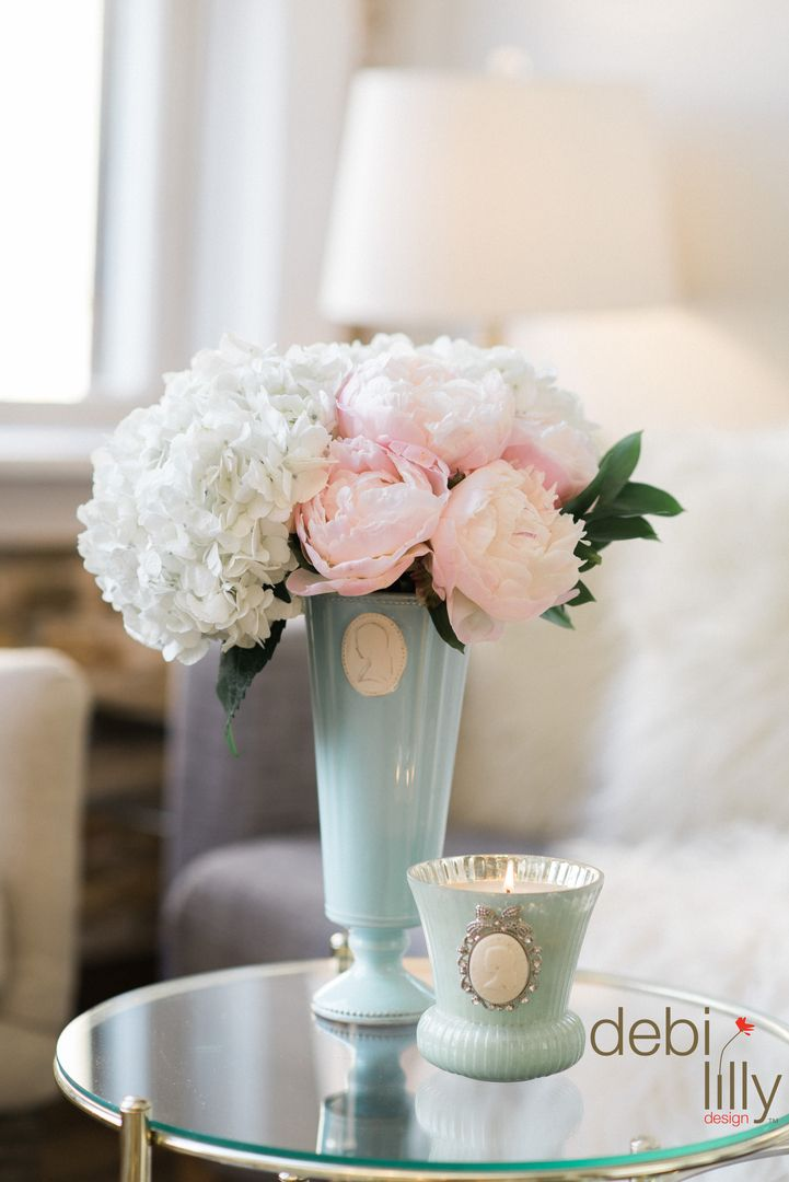 Display your dainty bouquets in these charming