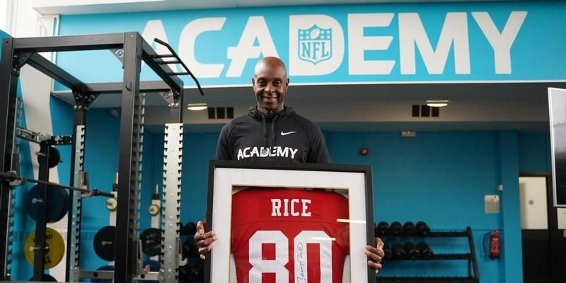 Uk S First Ever Nfl Academy Opens In London National Football
