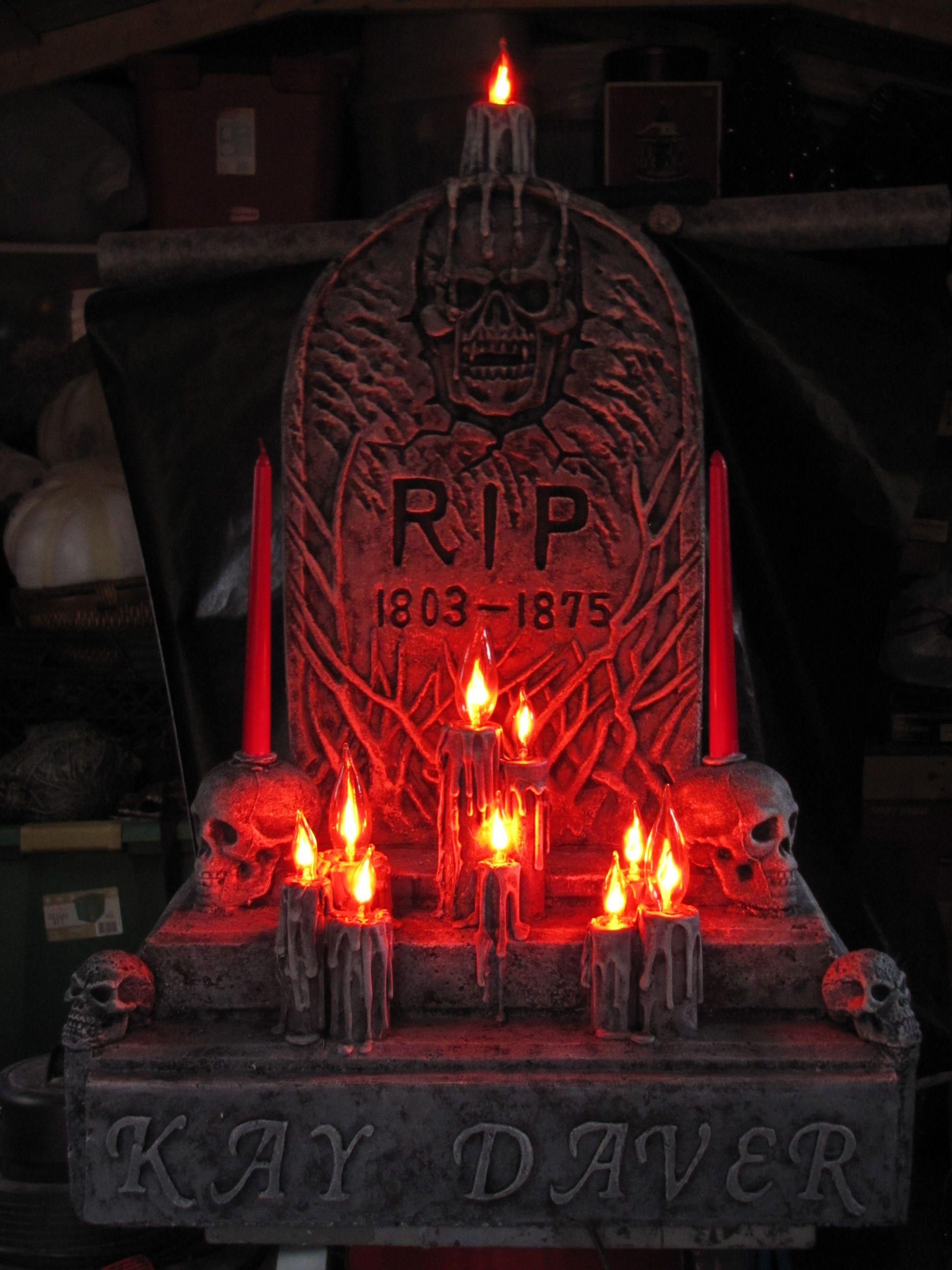 Die besten 25 rip tombstone ideen auf pinterest for Dekoration halloween