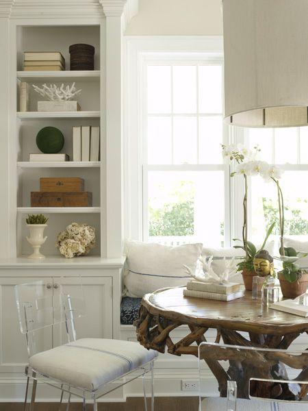 table, pillows...plexi chairs
