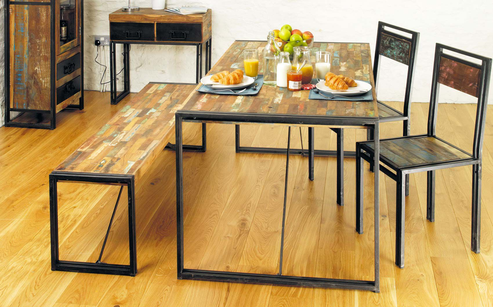 pipe desk shabby chic furniture and industrial chic on pinterest chic industrial furniture