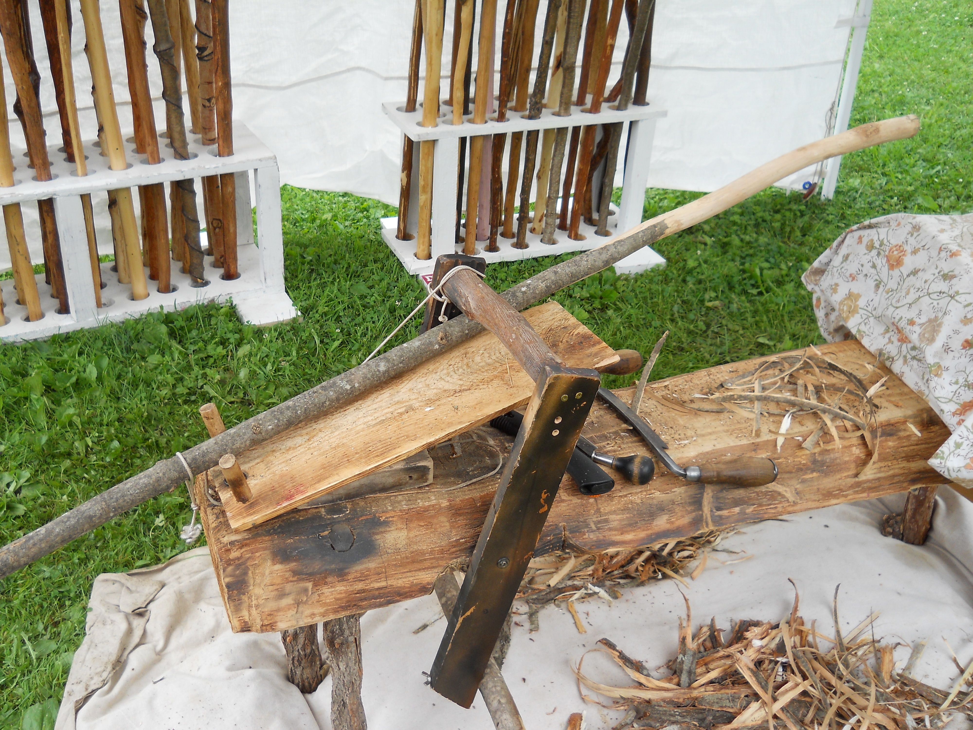 Wood bench for making walking sticks and canes https