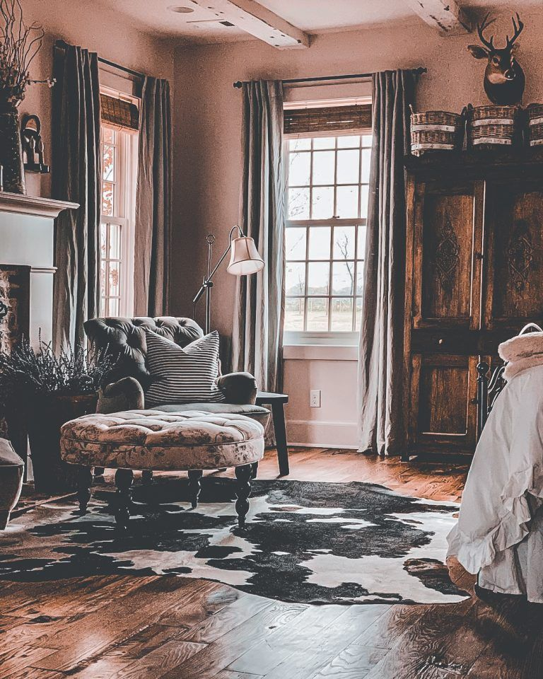 30 Living Rooms Adorned With Cowhide Rugs 2020 Page 6 Of 30 Martinaruby Com In 2020 Cowhide Living Room Cowhide Rug Living Room Printed Rug Living Room