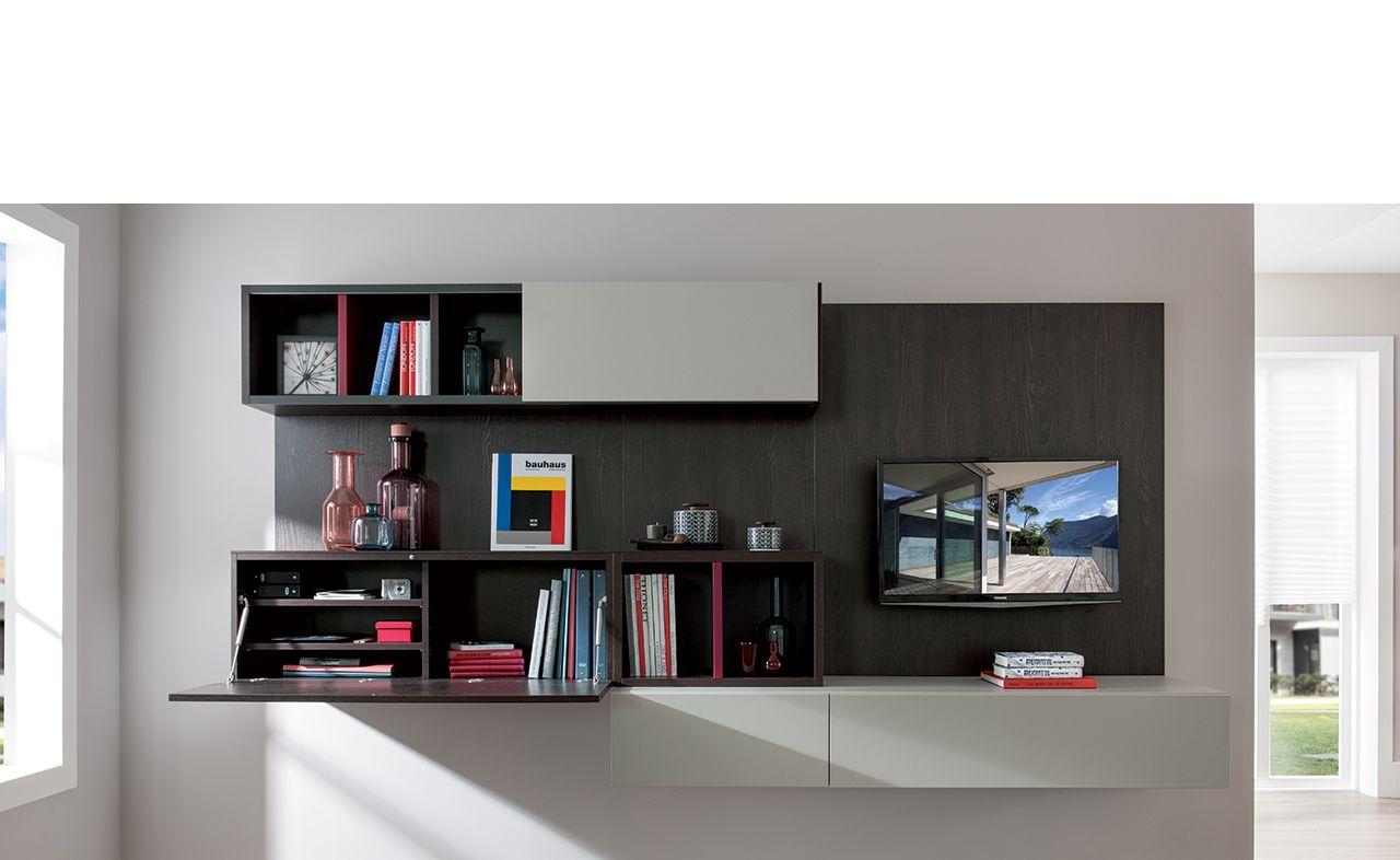 la souplesse des solutions sur mesure schmidt permet toutes les associations a but pratique et esthetique ici la composition est a la fois meuble tv