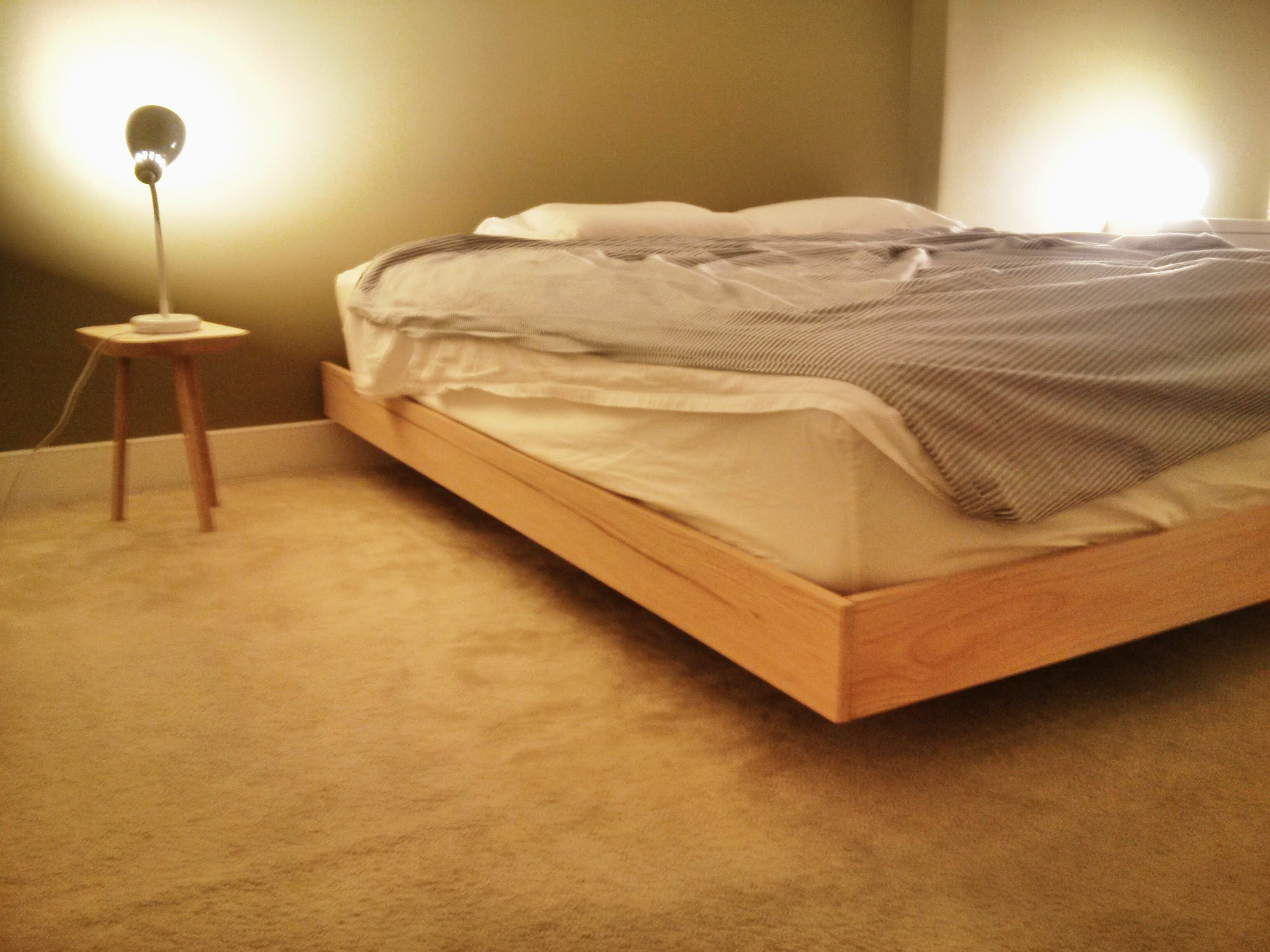 DIY floating platform bed using 2x3, 2x4, 1x4, white oak, some screws