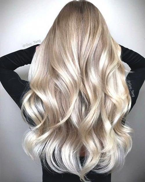 champagne-blonde-hair-spring-min #balayagehairblonde #champagneblondehair