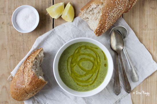 Zizi's Adventures: Vegan Broccoli Cream Soup
