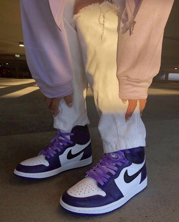 Pin op .sneakers