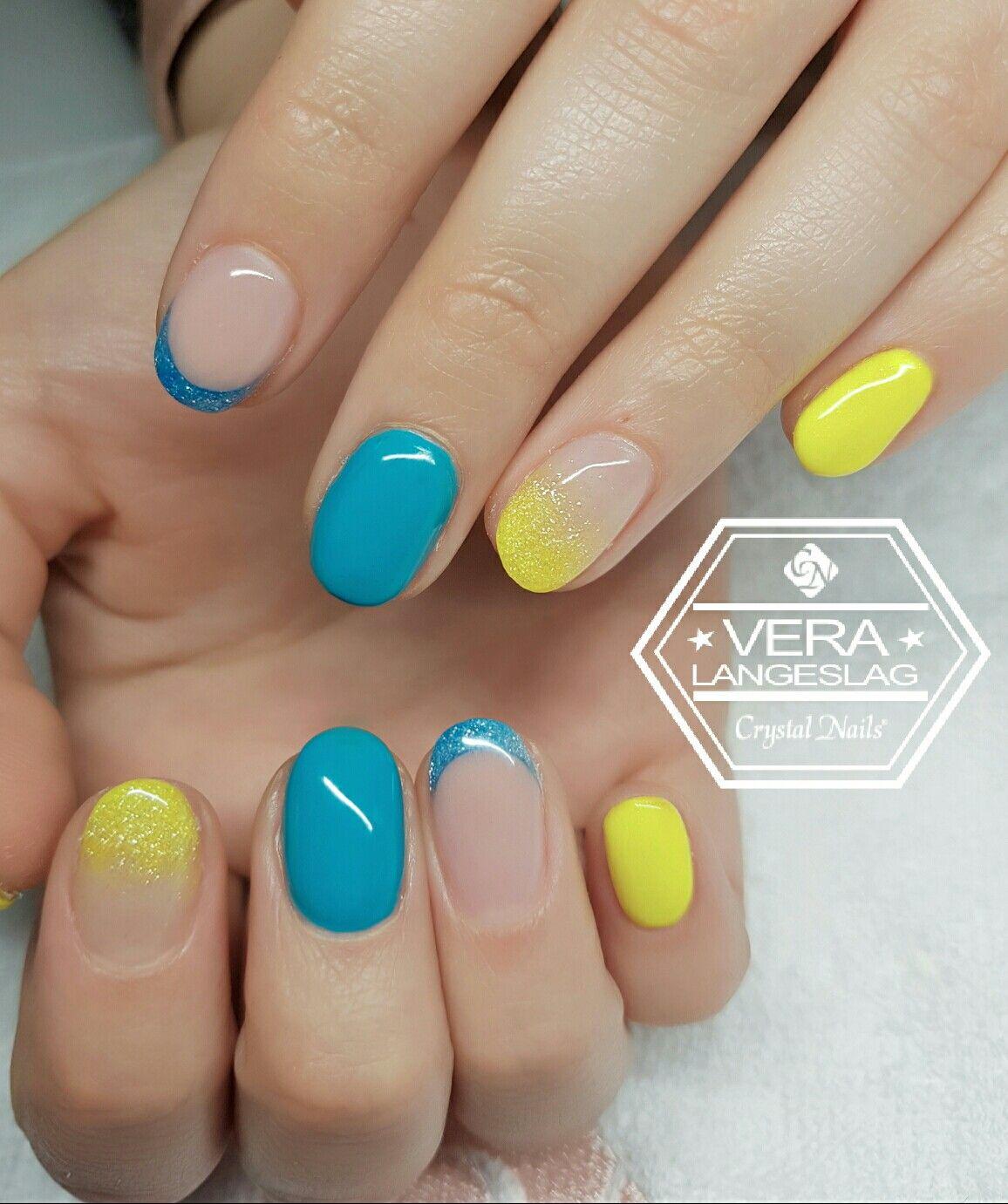 Sunny Vibe!  #crystalnails #nagelstudiopink #veralangeslag #arnhem #nailart #nails #crystalac