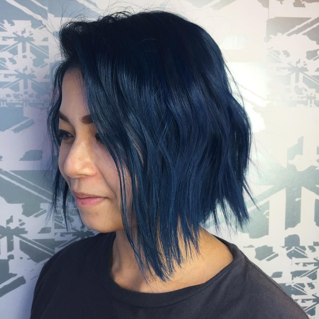 This Dark Dusty Blue Bob By Leanne Using Matrix Bondultim8 Socolorcult Vynils Excellentedges Glampalm Ecoheads Dark Blue Hair Blue Hair Dark Blue Hair