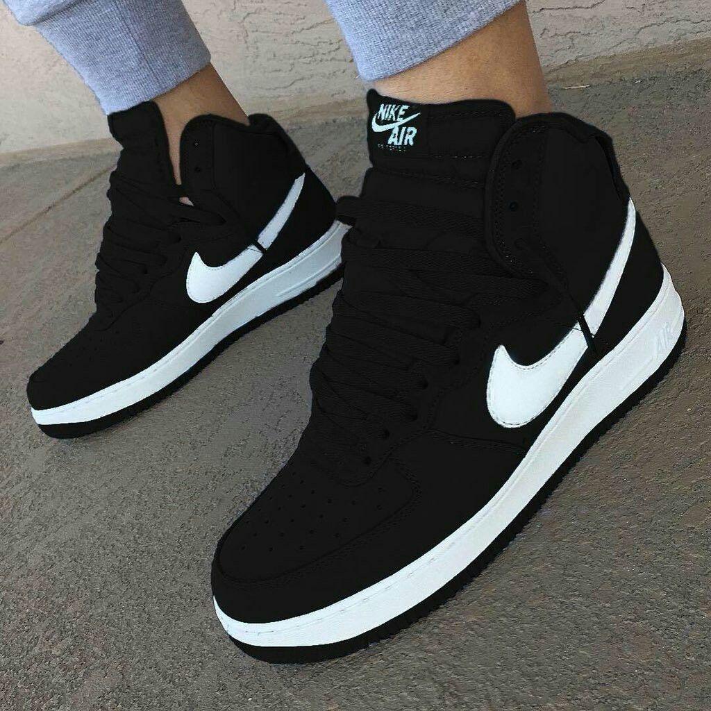 Ya que sostén Elemental  black sneakers and stylish 🖤 | Sneakers fashion, Sneakers, Sneakers nike