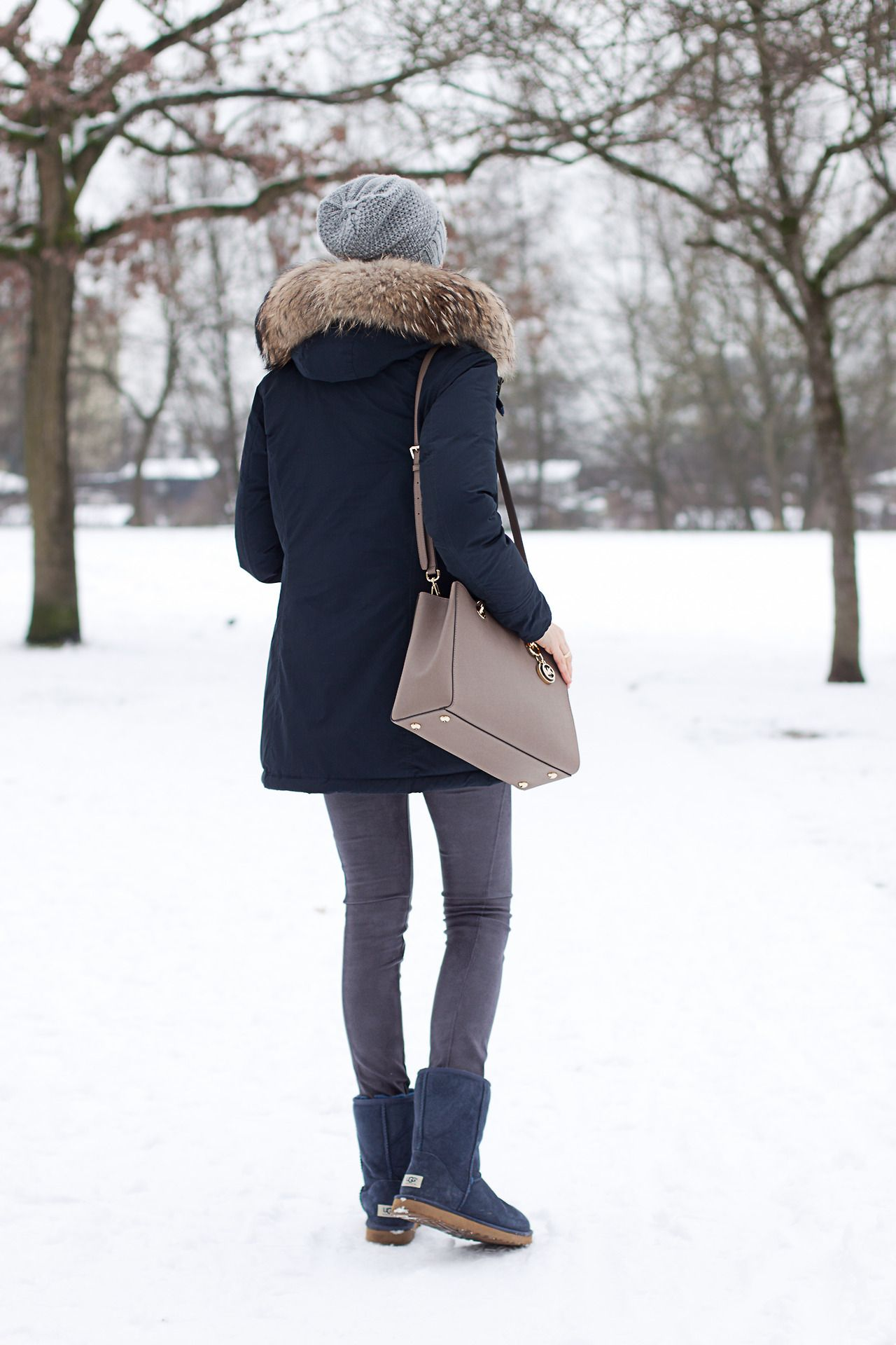 uggbootshut on | Ugg boots outfit, Classic fashion trends