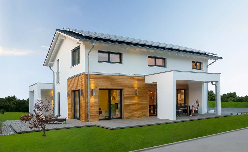 Hausbau modern satteldach  Plusenergiehaus Basic Line Jubilée XXL Plus: Fertighaus von Haas ...