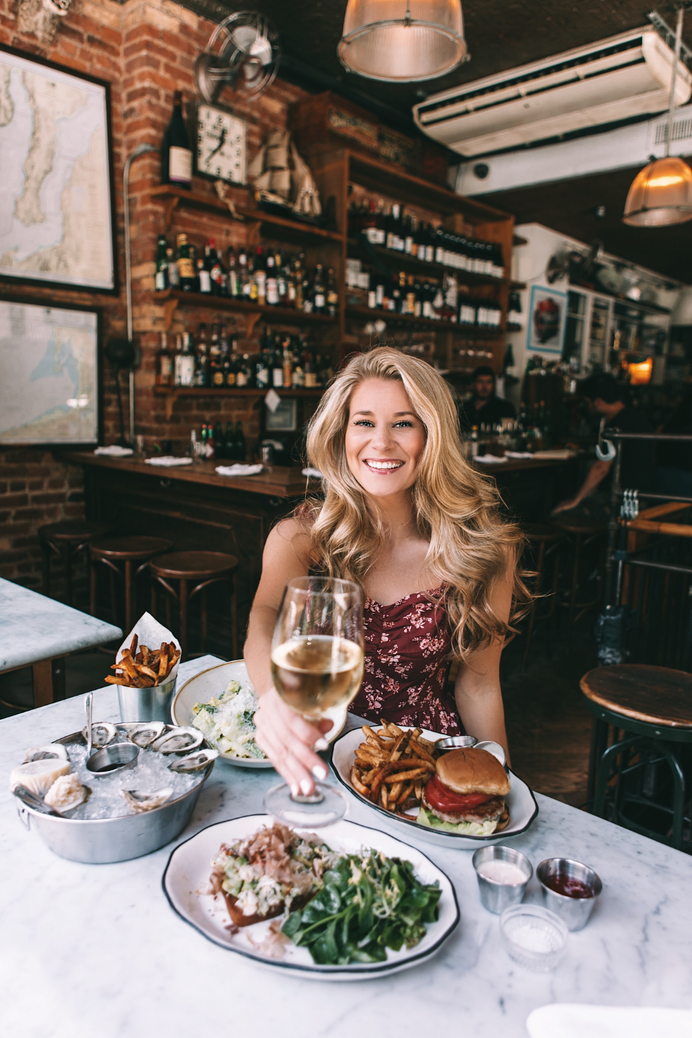 10 Romantic Restaurants In Nyc For Your Next Date Night Welcome To Olivia Rink In 2020 Romantic Restaurant Nyc Restaurants Manhattan Restaurants